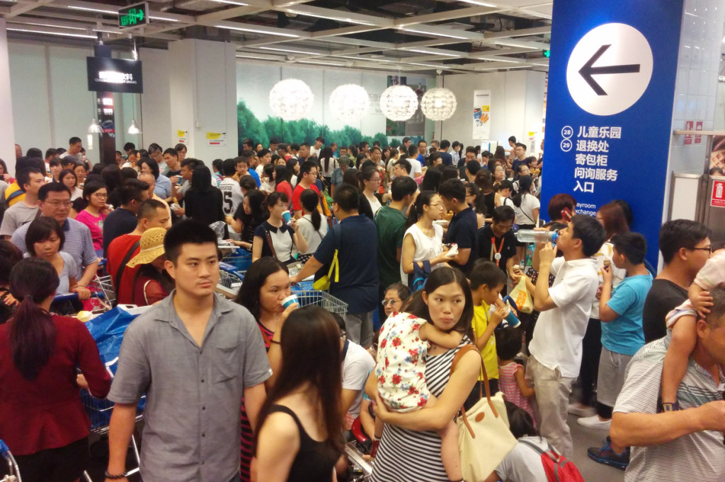 Sunday Shopping, Guangzhou, China