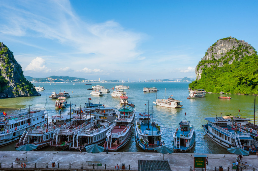 Halong Bay Tour Boats