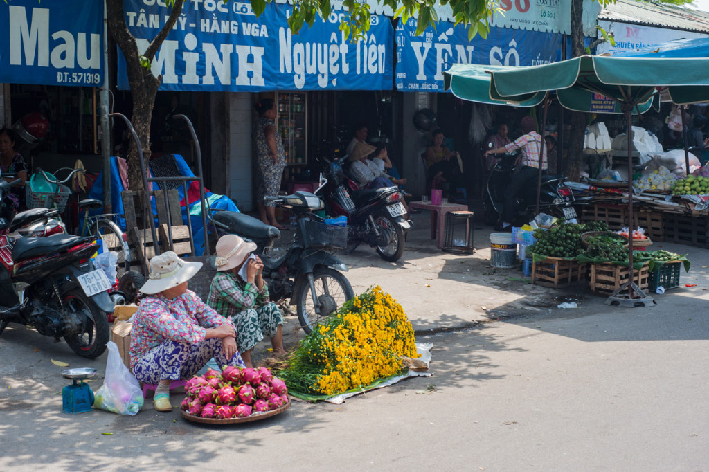 Market Ladies, Hue, Vietnam